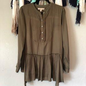 Banana Republic - Heritage Collection silky blouse